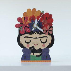 Frida-reloj-woodaloo-escritorio