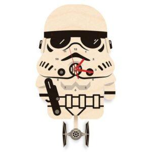 Stormtrooper-reloj-pendulo-woodaloo