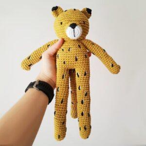Yaguarete tejido-juguete-para-bebes