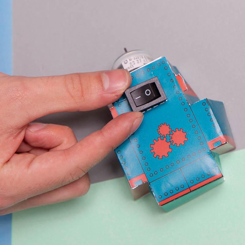 actividades para ninos robot de papel 6