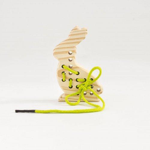 juguetes-montessori-para-1-ano-y-medio-a-3-anos-conejo