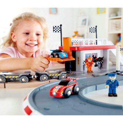 pista de carrerras hape juguetes para 3 anos