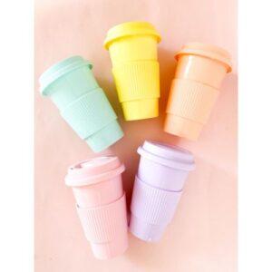 vaso para cafe o te de color pastel